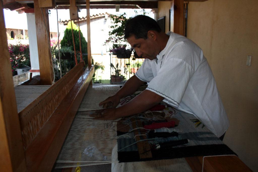 rugs-teotitlan-oaxaca-el-tono-de-la-cochinilla-gallery-27