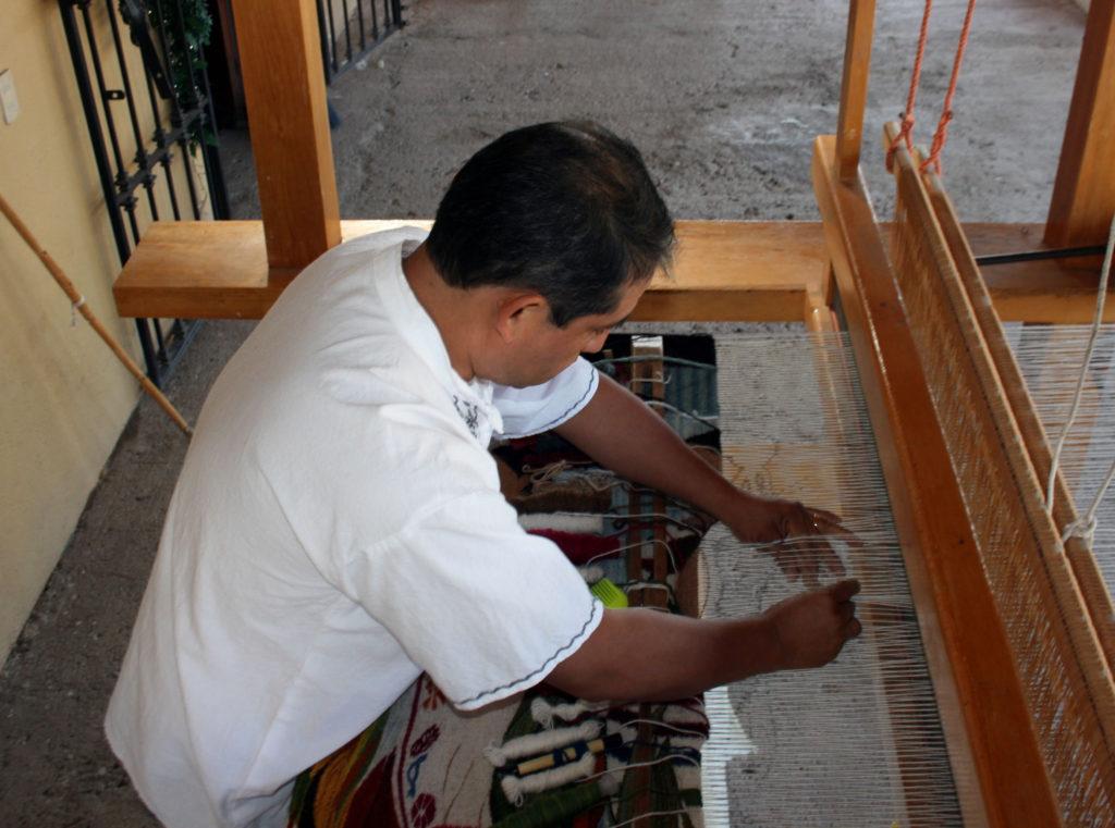 rugs-teotitlan-oaxaca-el-tono-de-la-cochinilla-gallery-31
