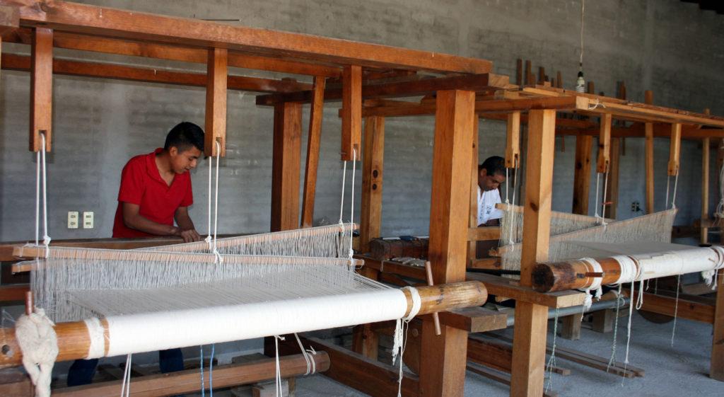 rugs-teotitlan-oaxaca-el-tono-de-la-cochinilla-gallery-36