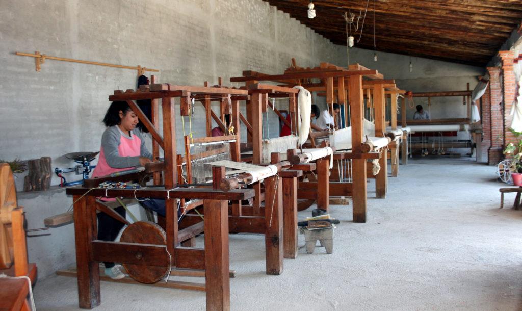 rugs-teotitlan-oaxaca-el-tono-de-la-cochinilla-gallery-45