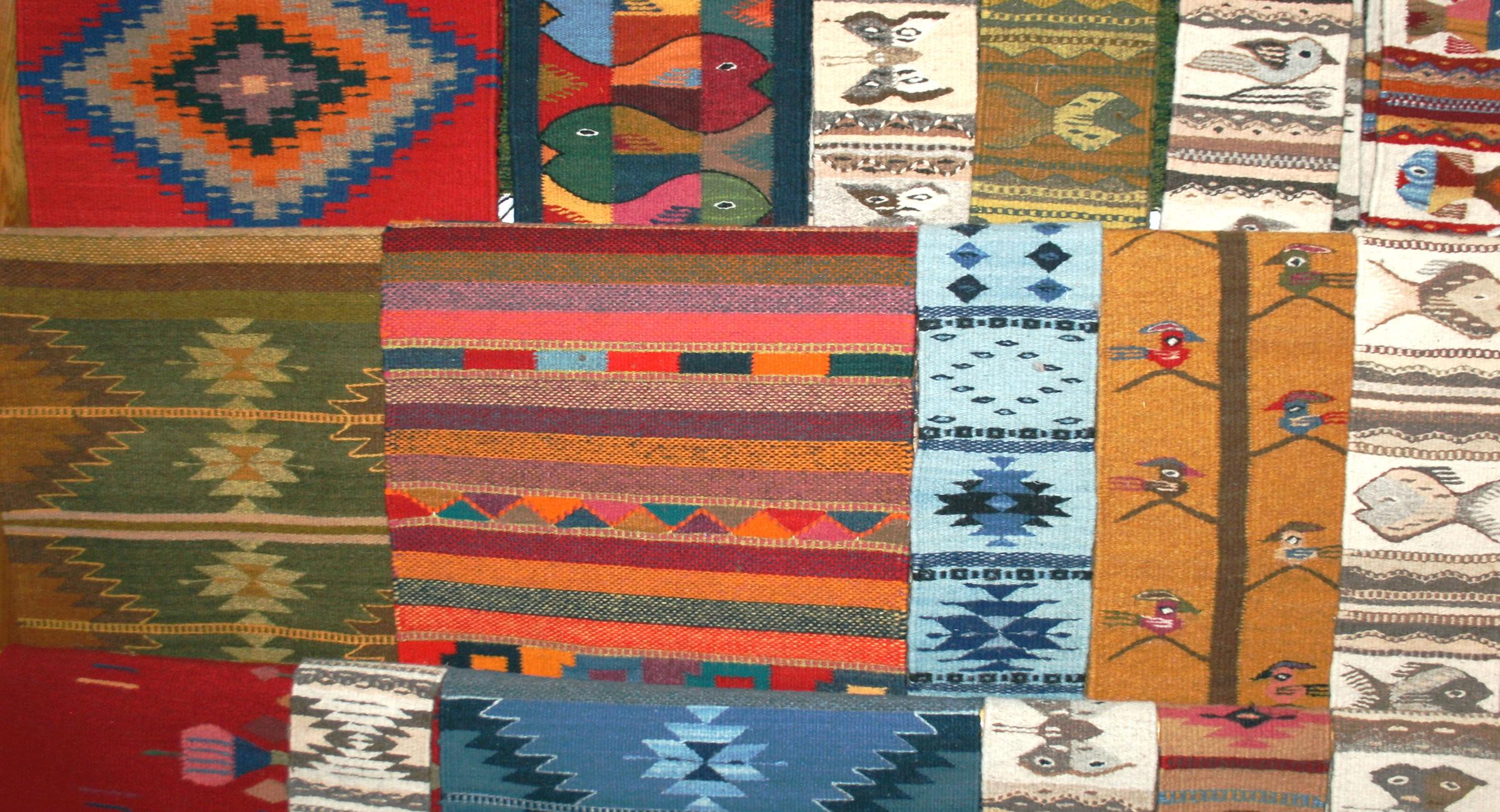 El Tono de la Cochinilla - Wool Rugs from Teótitlan Oaxaca